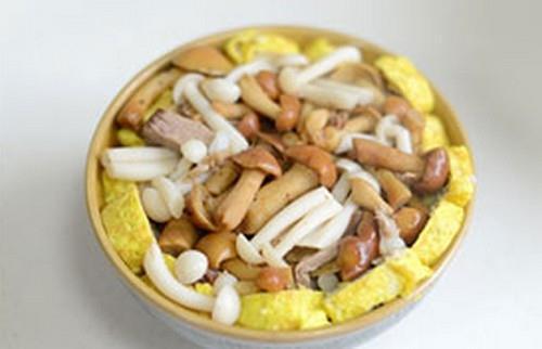 Trứng hấp nấm