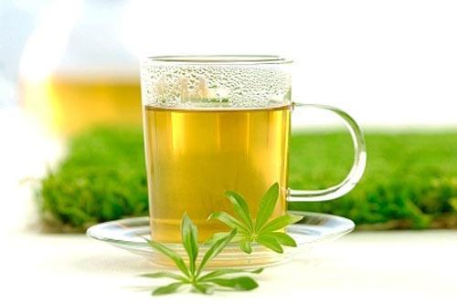 Uống trà và cà phê trong thời kỳ mang thai