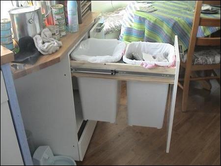 Vệ sinh nhà bếp bằng nước chanh